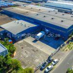 High Warehouse to Let in Epping Industria
