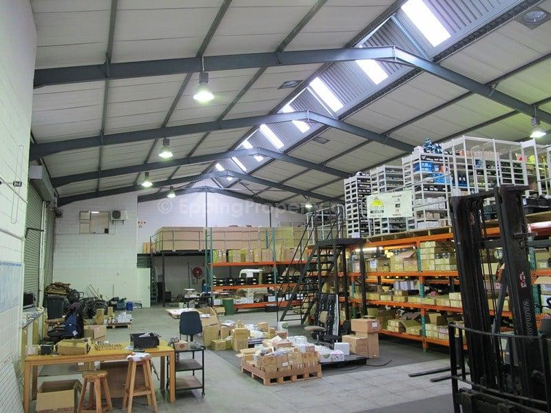 Warehouse for Rent close to Epping