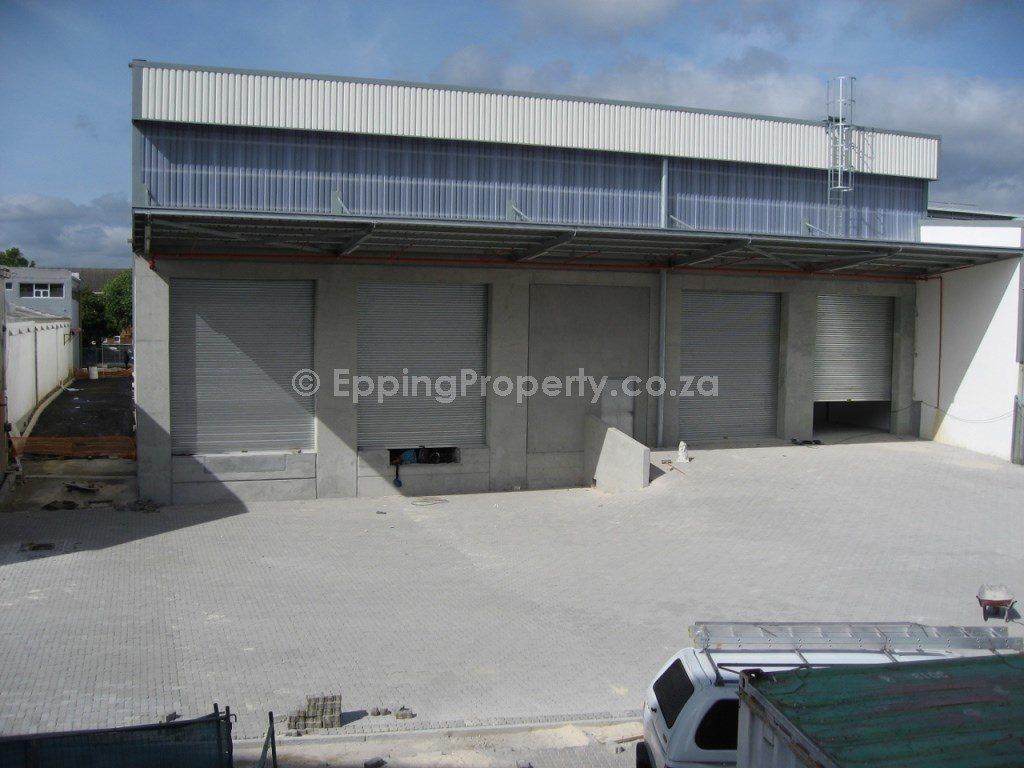 Warehouse to rent in Ndabeni