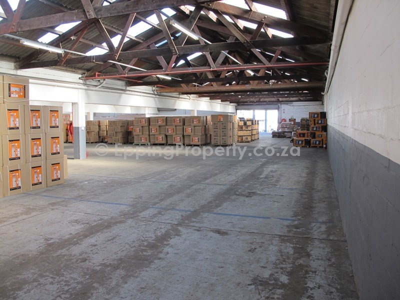 Warehouse to Rent in Epping