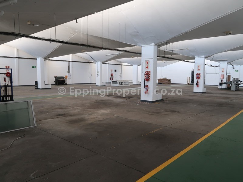 Free-Standing Factory for Lease in Epping