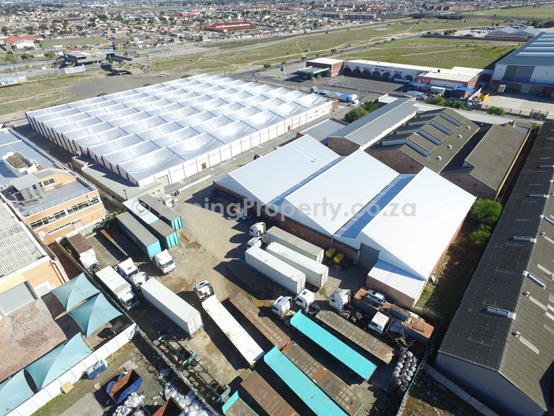 Factory for Rent in Epping Industrial